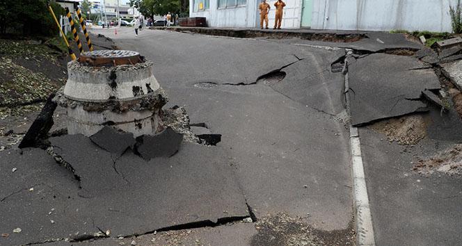 Japonya'daki depremde ölü sayısı 7'ye yükseldi